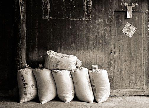 Aprender a avanzar: fábula de los 3 hombres y los sacos