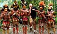 Un hombre recorre el mundo bailando: la música nos une a todos