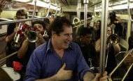Un viaje de metro muy animado y musical