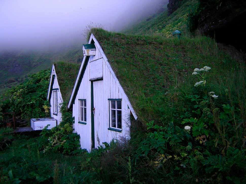 Casas integradas en la naturaleza ideales para desconectar y meditar