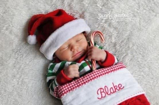 Fotografías de bebés que disfrutan a lo grande en Navidad 6