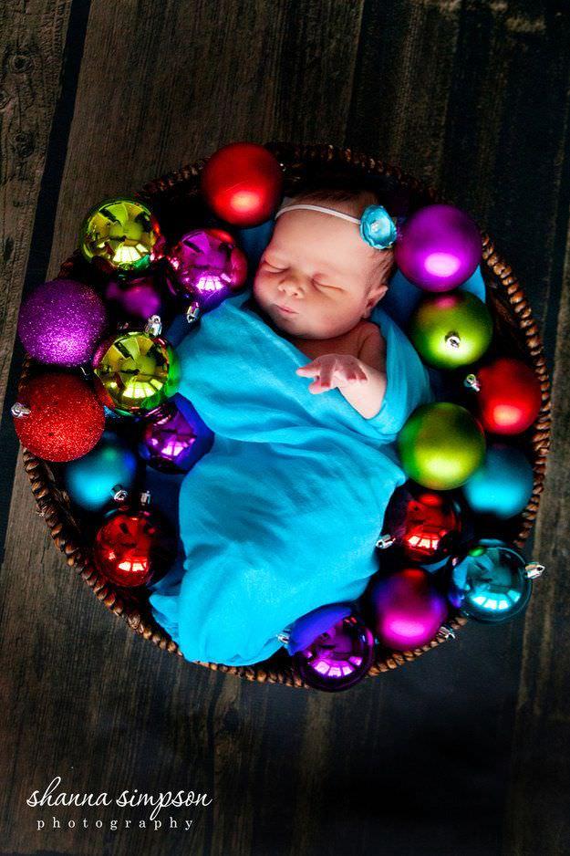 Fotografías de bebés que disfrutan a lo grande en Navidad 8