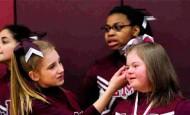 Atacaron a la animadora con Síndrome de Down y así reaccionaron sus compañeros