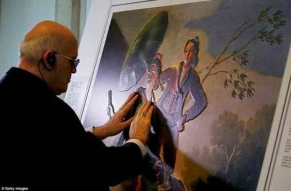 Grandes obras de arte adaptadas para personas ciegas 4