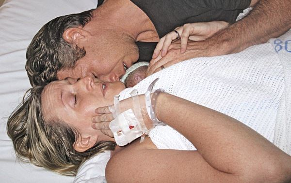 Uno de los mellizos nació sin vida pero... ¡algo sorprendente ocurrió! 3