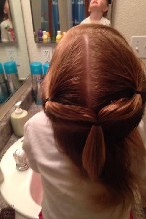 Este padre hizo un curso de peluquería para aprender a peinar a su hija 3