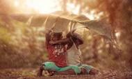 Niños jamaicanos disfrutan de su infancia y de la vida con lo poco que tienen
