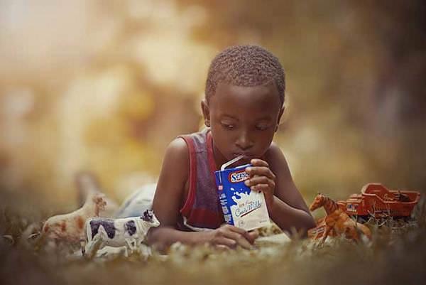 Niños jamaicanos disfrutan de su infancia y de la vida con lo poco que tienen 3