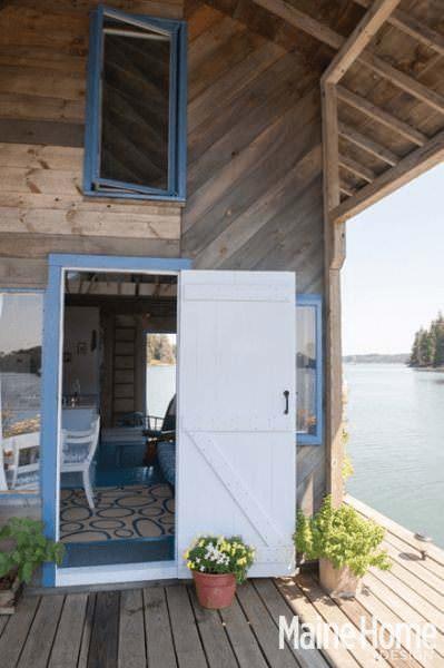 Una pareja construyó la casa de sus sueños y ahora son felices 2