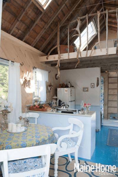 Una pareja construyó la casa de sus sueños y ahora son felices 4