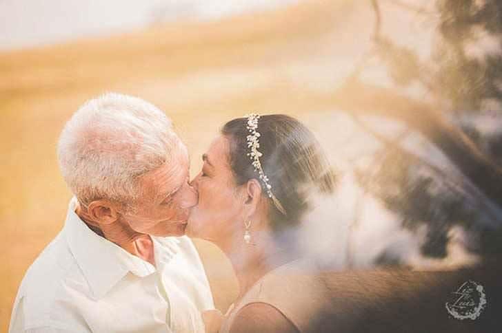 Esta pareja es muy feliz tras 40 años juntos 1