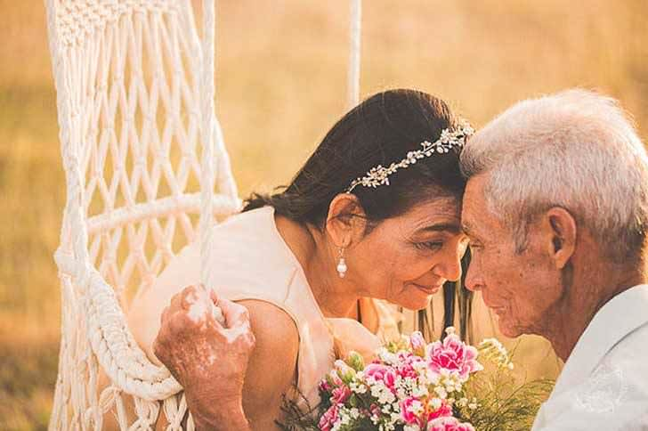 Esta pareja es muy feliz tras 40 años juntos 7